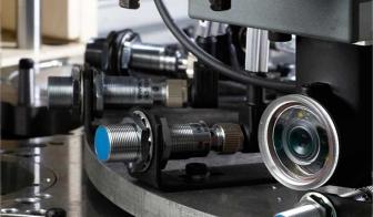 Poste de montage de cylindre avec capteur d'image